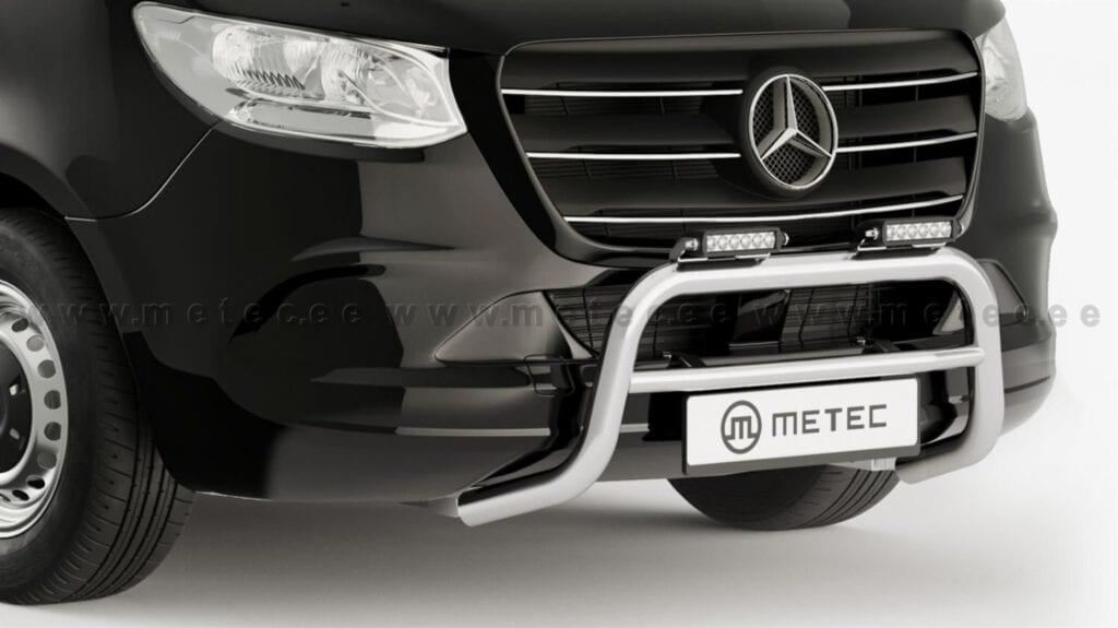 Mercedes Sprinter med en Metec kufanger påmontert