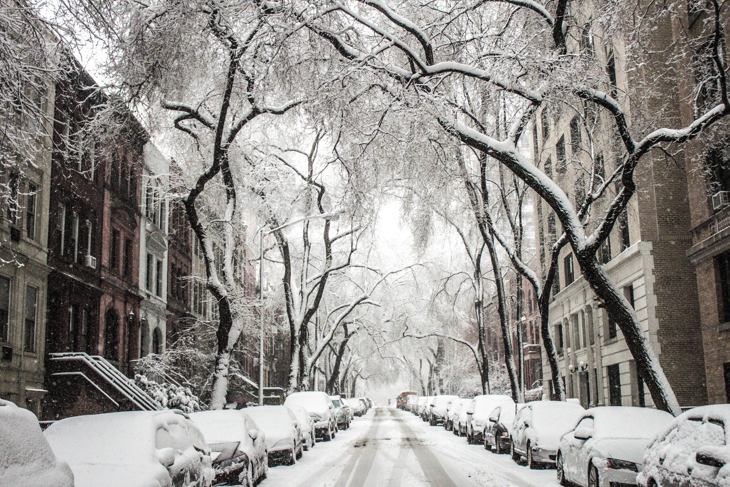 Advarsel: 5 ting som skjer med bilen når den står utendørs om vinteren