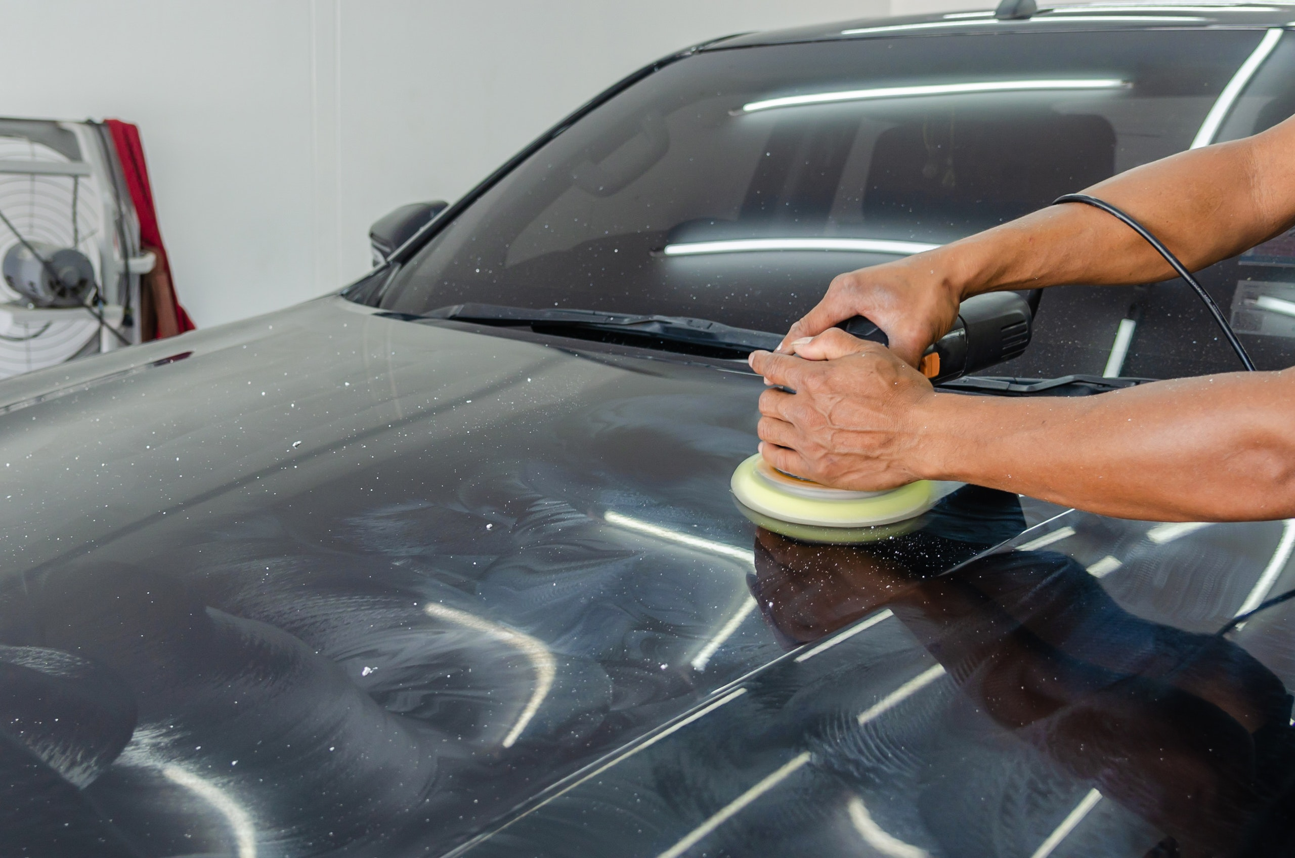 Poleringsmaskin test: Beste 12 poleringsmaskinene for en speilblank bil