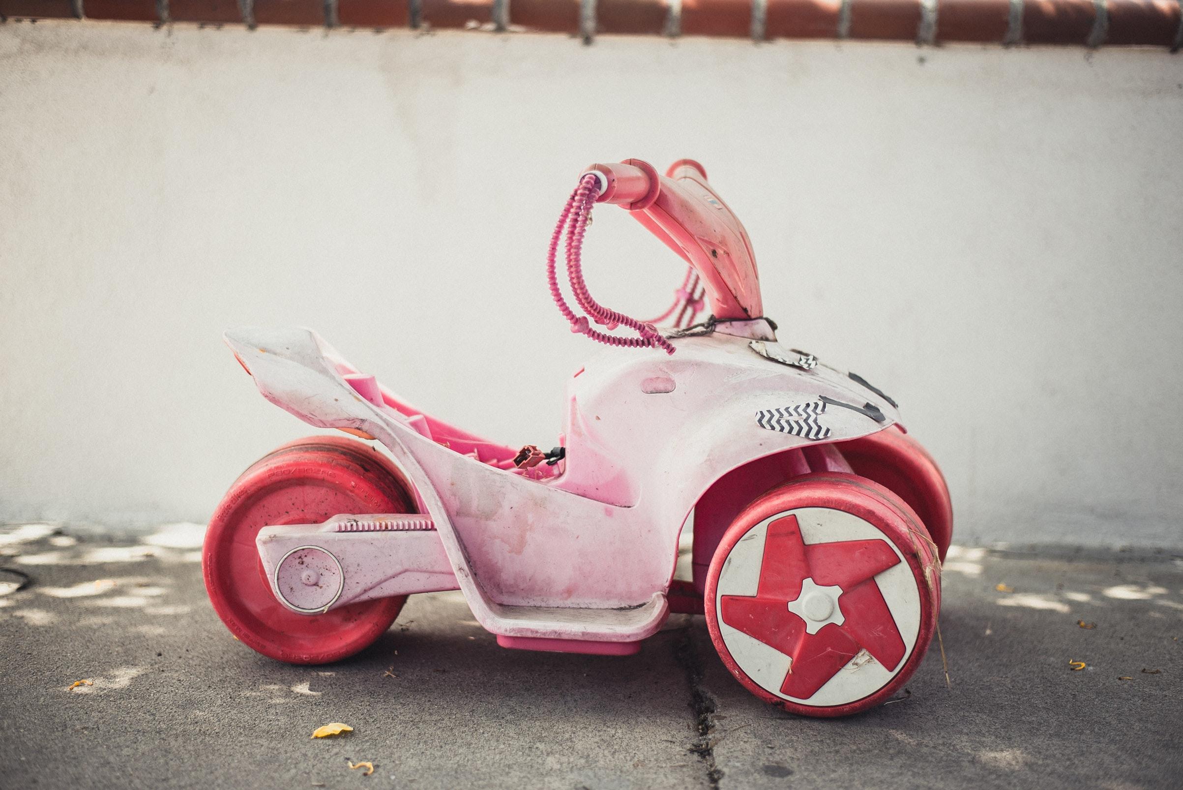 Gåbil barn test: Topp 5 gåbiler for økt motorikk og balanse